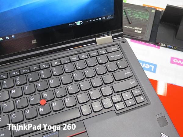 ThinkPad Yoga 260キーボードと指紋認証センサー