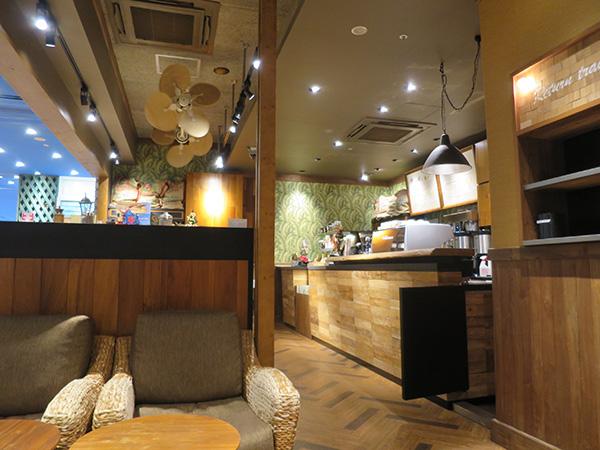 ホノルルコーヒー 横浜ワールドポーターズ 店内写真