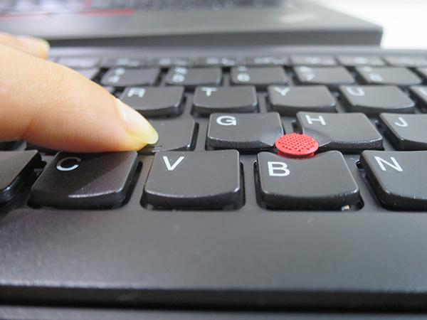 ThinkPad ブルートゥースワイヤレストラックポイントキーボード キーストロークが2mmで打ちやすい